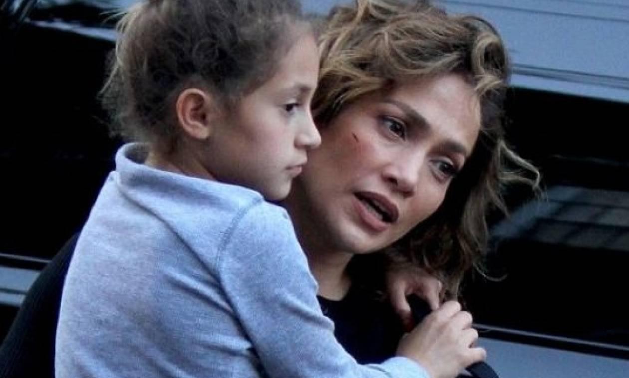 Έκπληξη στη Jennifer Lopez από τα παιδιά της!