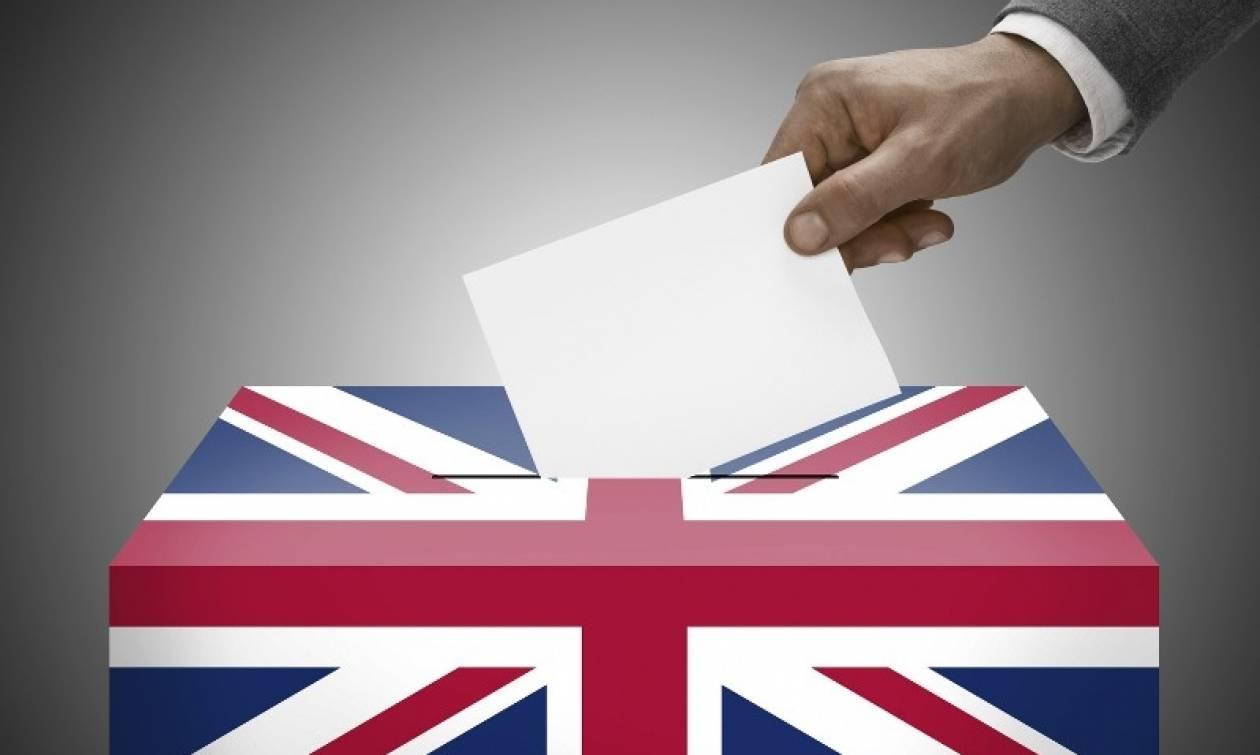 Brexit: Ρεκόρ υπογραφών για επανάληψη του δημοψηφίσματος – Ξεπέρασαν τα τρία εκ. σε δύο ημέρες (Pic)