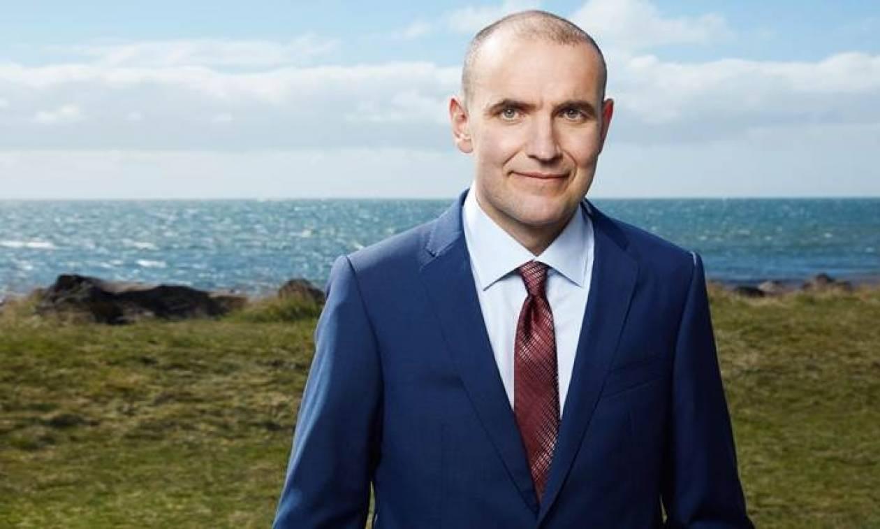 Η Ισλανδία εξέλεξε νέο Πρόεδρο έπειτα από 20 χρόνια (Vid)