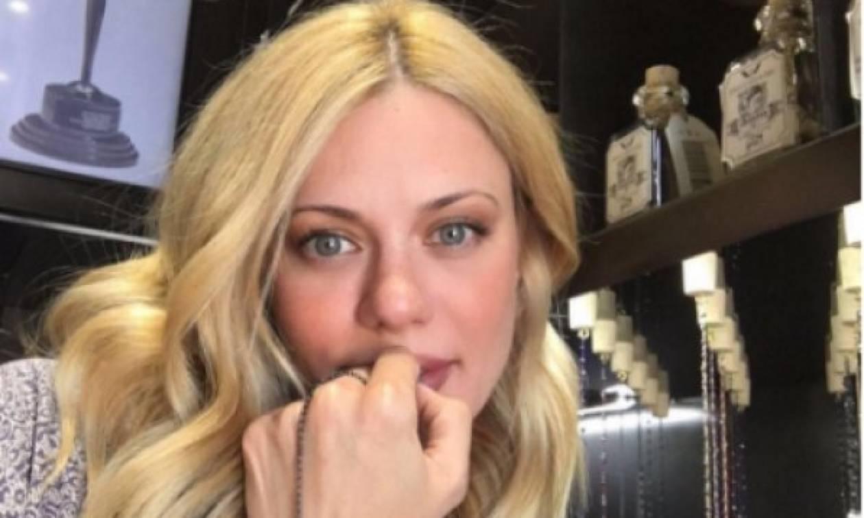 Ζέτα Μακρυπούλια: Την έχεις δει αμακιγιάριστη; Είναι απλά πανέμορφη!