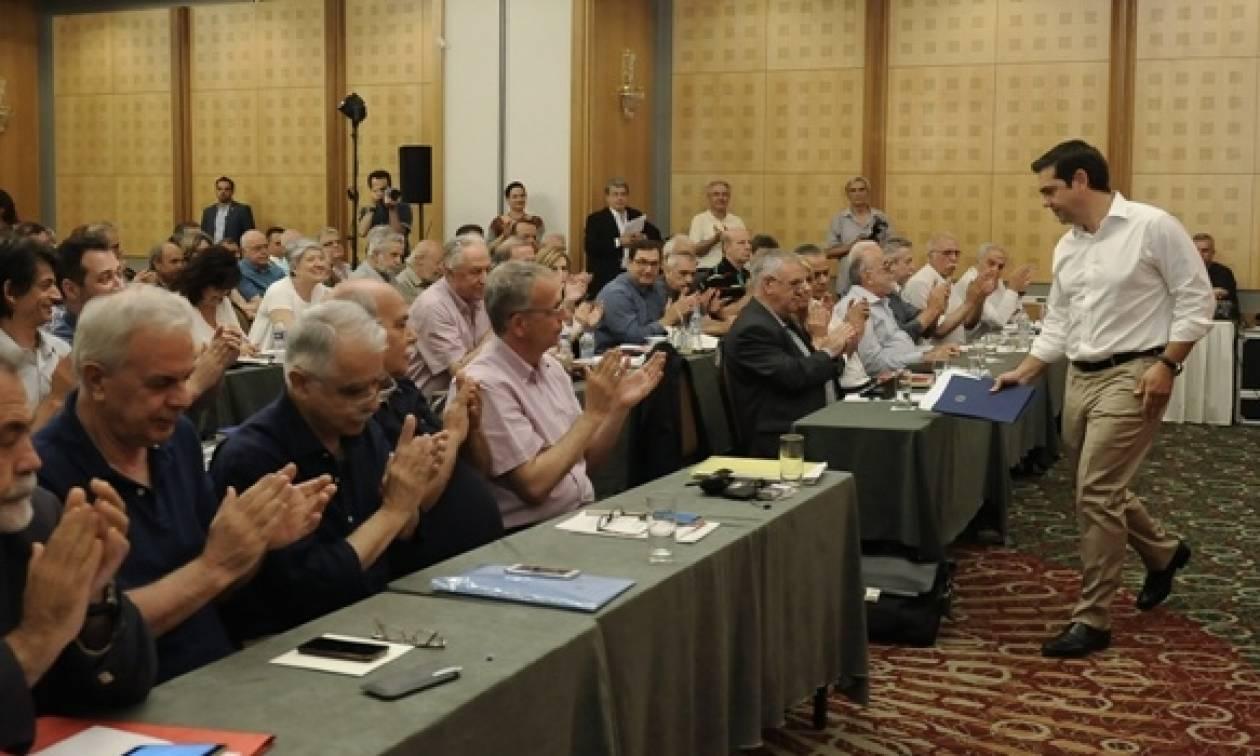ΚΕ ΣΥΡΙΖΑ: Τον Οκτώβριο το συνέδριο του κόμματος
