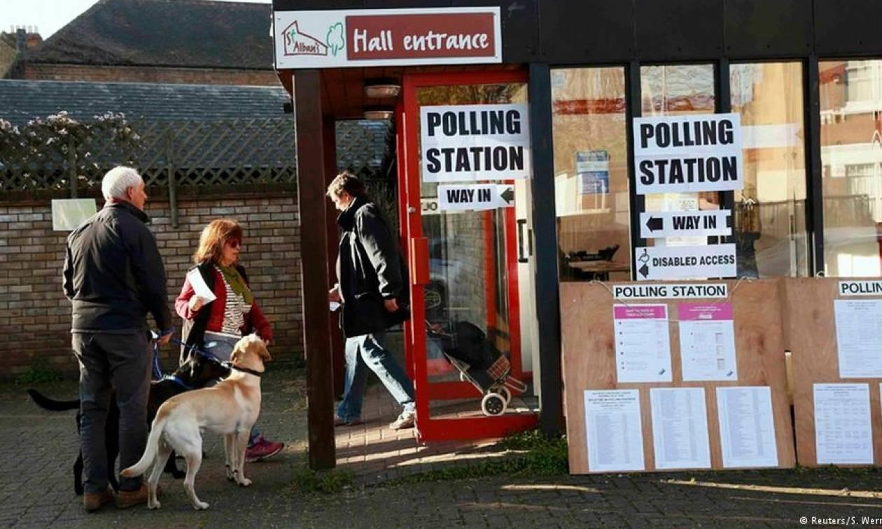 Αποτελέσματα Brexit: Συνεχείς αποχωρήσεις στελεχών των Εργατικών