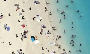 ΟΓΑ: Σήμερα (27/6) ξεκινούν οι αιτήσεις για τον κοινωνικό τουρισμό και τα δωρεάν βιβλία