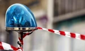 Φρίκη στη Ζαχάρω – Μαχαιρώθηκε μπροστά στη σύζυγο και τον ανήλικο γιο του