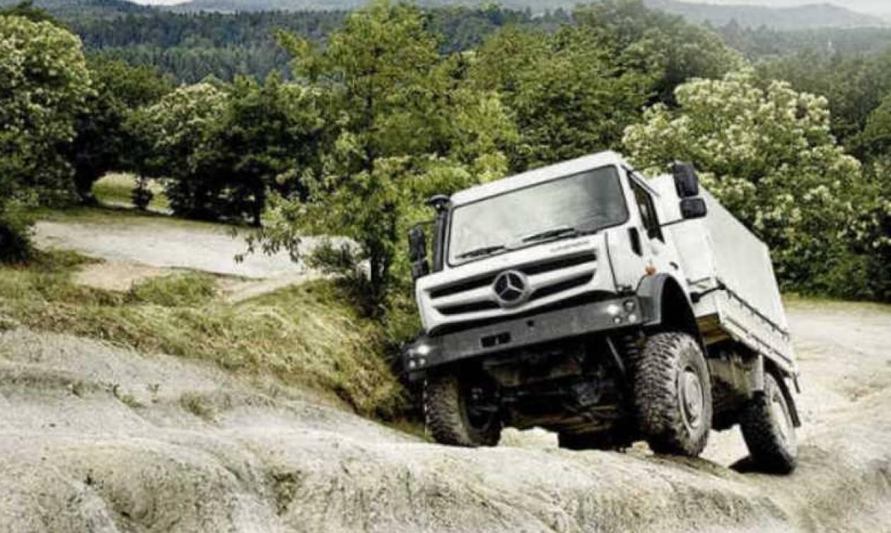 Το πιο ακριβό κάμπριο της Mercedes δεν είναι επιβατικό