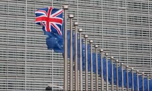 Brexit: Κανονιστικό πλαίσιο Βρετανίας – ΕΕ για το φάρμακο ζητούν οι φαρμακοβιομηχανίες