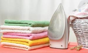 Τσαλακωμένα ρούχα τέλος: Φτιάξε αυτό το σπιτικό σπρέι και πες αντίο στο σιδέρωμα!