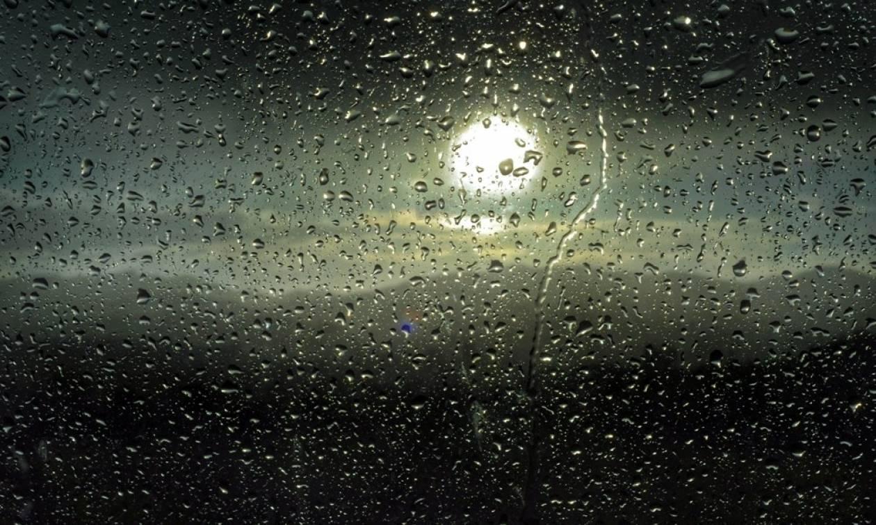 Καιρός: Ξεχάστε τα μπάνια έρχεται... βροχερή Τρίτη!