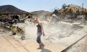 Καλιφόρνια: Οι πυροσβέστες κερδίζουν τη «μάχη» με τις φλόγες
