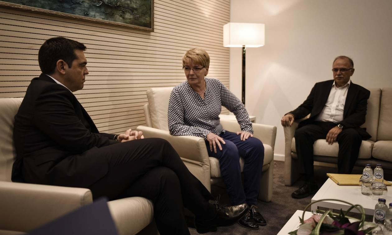 Τσίπρας-Τσίμερ: Επιβεβαιώνεται η Αριστερά για τα αίτια ενίσχυσης της ξενοφοβίας στην ΕΕ