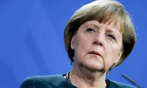 Brexit - Μέρκελ προς Βρετανούς: Χωρίς υπαγωγή στο άρθρο 50 μην περιμένετε διαπραγματεύσεις