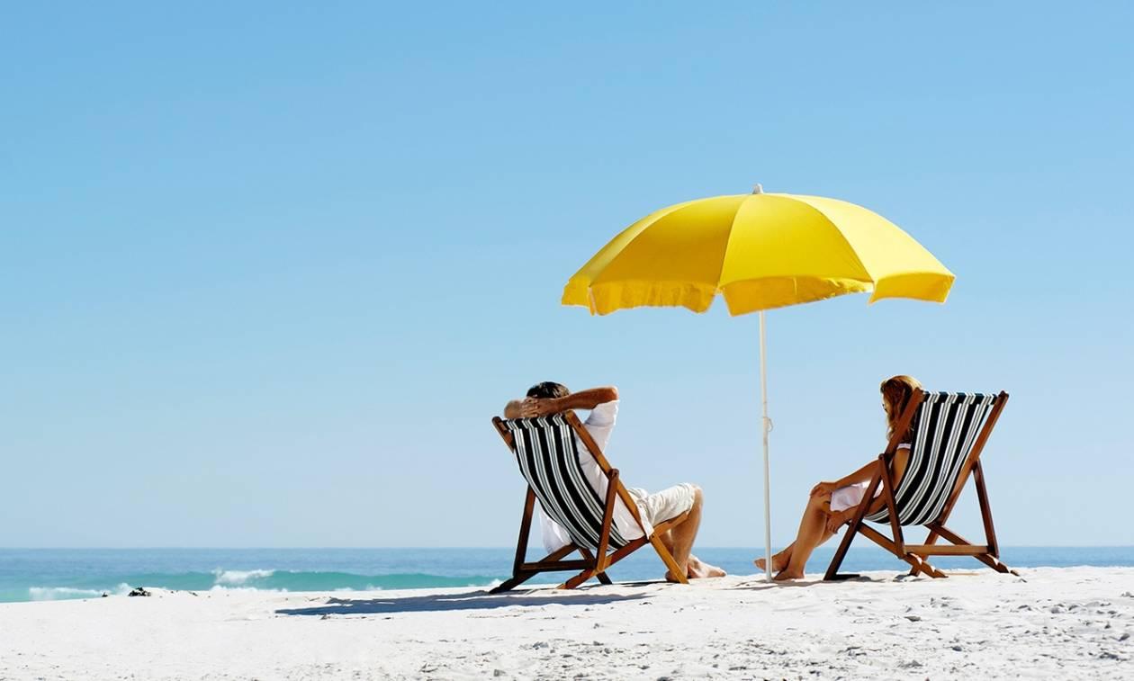 Στοιχεία – σοκ: 8 στους 10 Έλληνες δεν θα πάνε διακοπές φέτος το καλοκαίρι