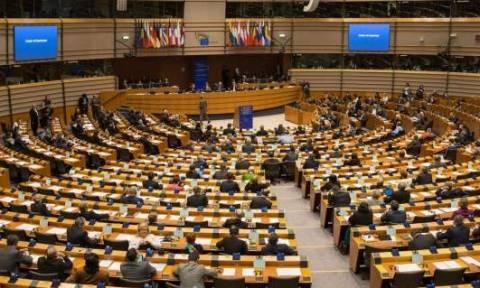 Ευρωκοινοβούλιο: Ψήφισμα για γρήγορο Brexit - Όχι βρετανική προεδρία το 2017