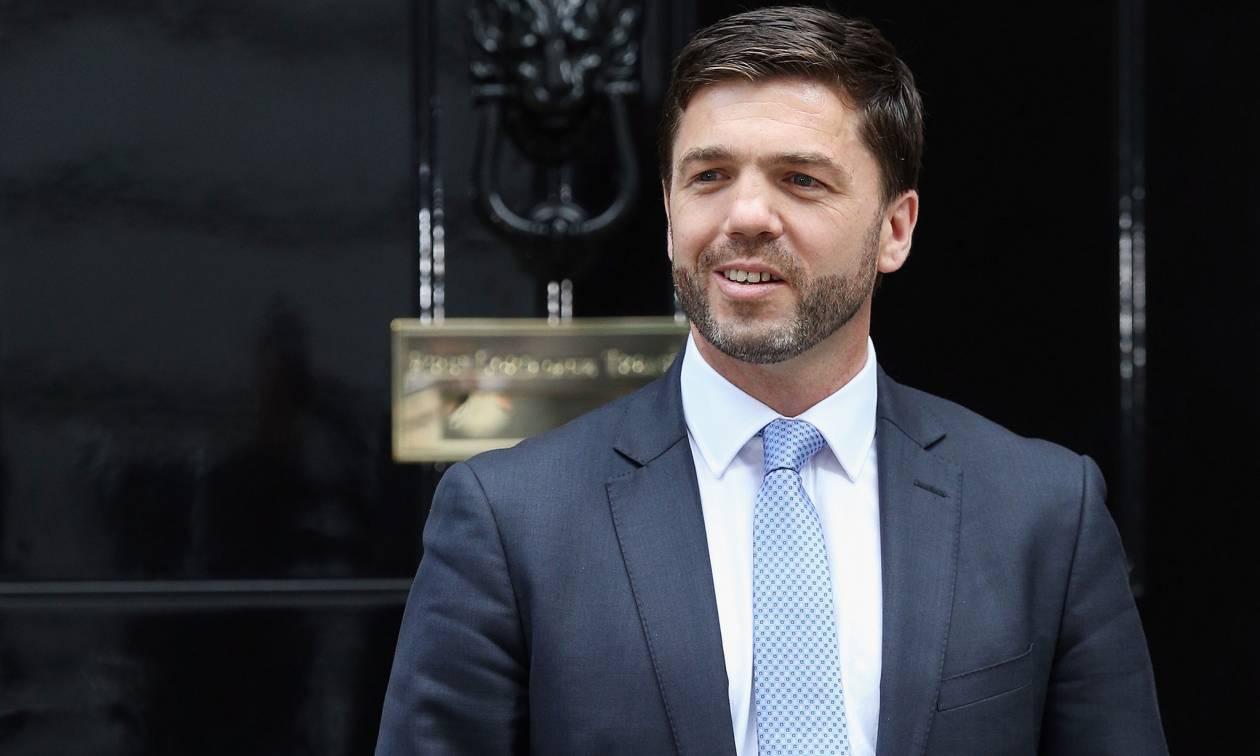 Βρετανία: Αυτός είναι ο πρώτος υποψήφιος για τη διαδοχή Κάμερον - Πότε θα ανακοινωθεί