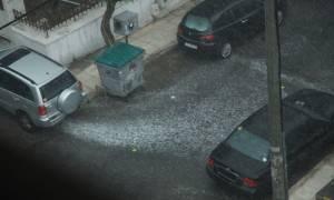 Σαρώνουν στο Facebook οι φωτογραφίες και τα βίντεο από την κακοκαιρία στην Αθήνα