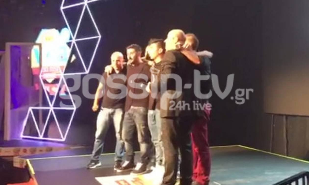 MAD VMA 2016: Σείστηκε το στάδιο όταν τα αδέρφια του Παντελίδη παρέλαβαν το βραβείο του