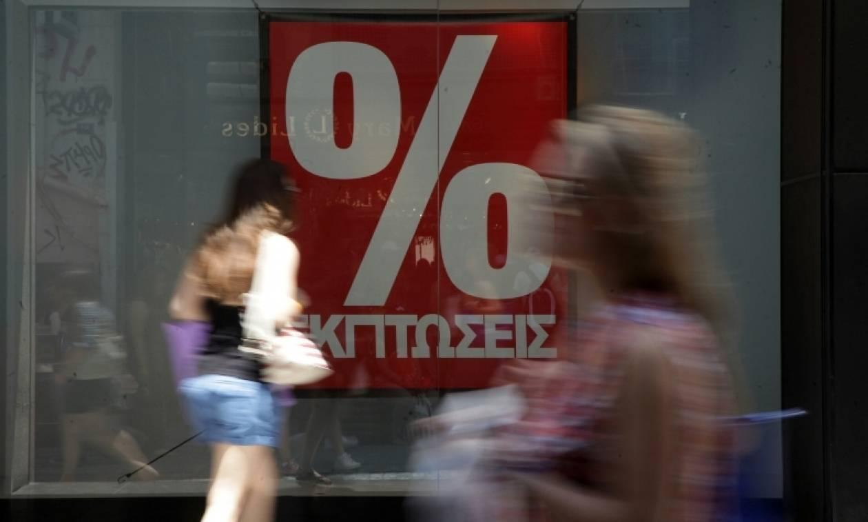 Θερινές εκπτώσεις: Πότε ξεκινούν – Ποια Κυριακή τα μαγαζιά θα είναι ανοιχτά – Τι να προσέχετε
