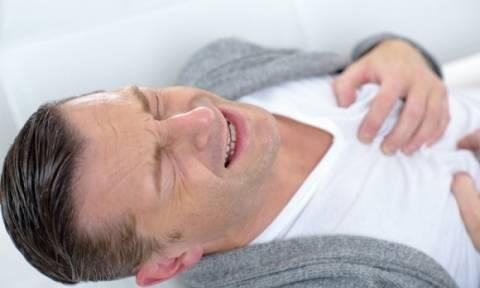 Ο αιφνίδιος καρδιακός θάνατος απειλεί πολύ περισσότερους άντρες απ' ό,τι γυναίκες