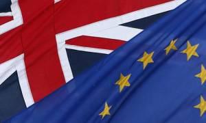 UBS: Πιθανό το Grexit λόγω …καραμπόλας από το Brexit