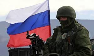 Ο Πούτιν δεν αστειεύεται στέλνει χιλιάδες στρατιώτες στα «μούτρα» του ΝΑΤΟ