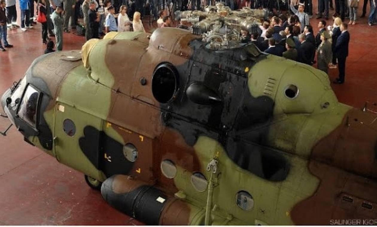 Σερβία: Παραδόθηκαν στο στρατό ρωσικά ελικόπτερα Mi-17