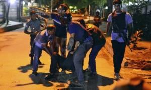 Μπανγκλαντές: Τζιχαντιστές επιτέθηκαν σε εστιατόριο στην Ντάκα (videos)