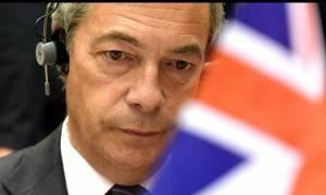 Βρετανία: «Βόμβα» η παραίτηση Φάρατζ από την ηγεσία του UKIP