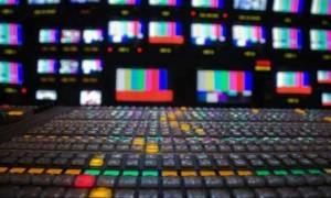 Τηλεοπτικές άδειες: «Πόλεμος» ανακοινώσεων από ΣΥΡΙΖΑ και ΝΔ