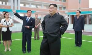 Ο Κιμ Γιονγκ-oυν διδάσκει τους καθηγητές πώς να... διδάσκουν!