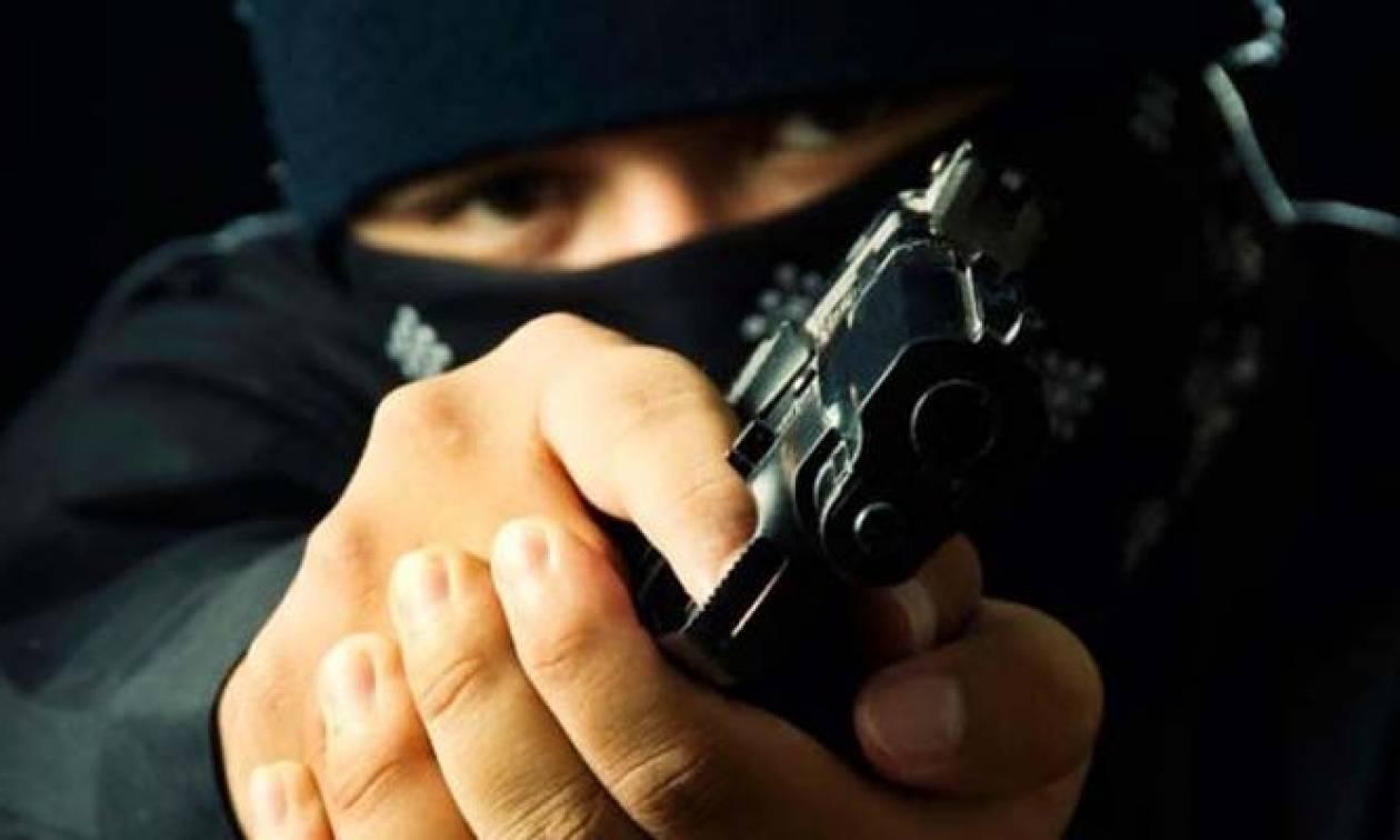 Θεσσαλονίκη: Λήστεψαν άνδρα στο κέντρο της πόλης- Άρπαξαν 140.000 ευρώ