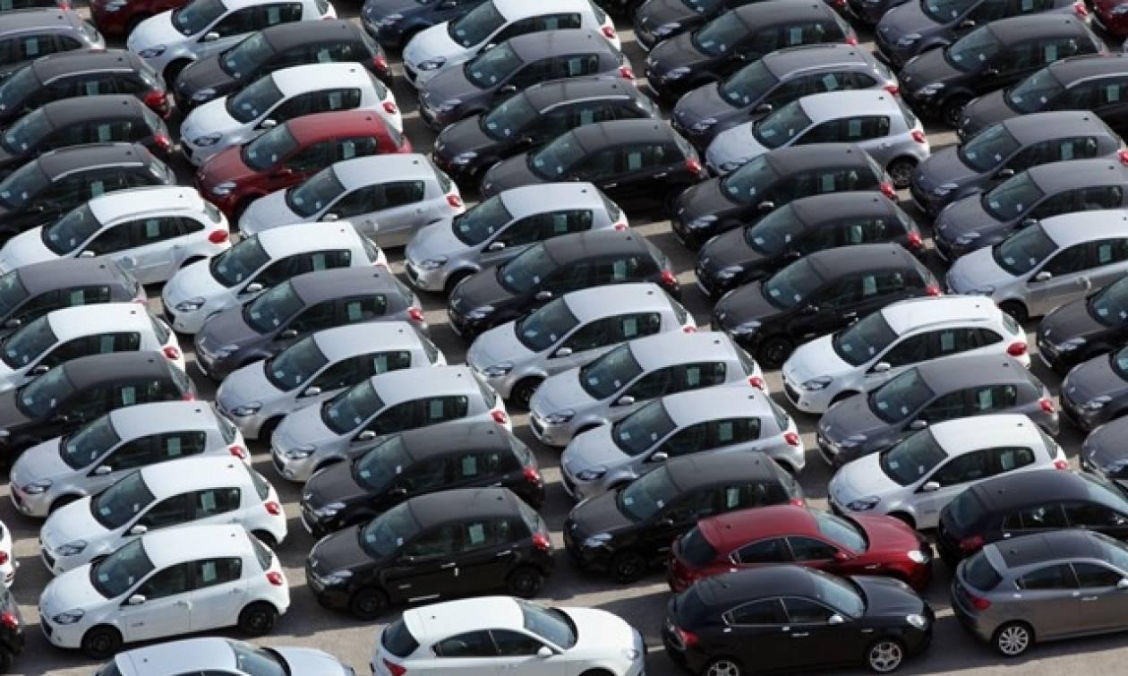 «Αγχόνη» τα τέλη κυκλοφορίας – Ποιοι θα πληρώσουν έως και διπλάσια ποσά