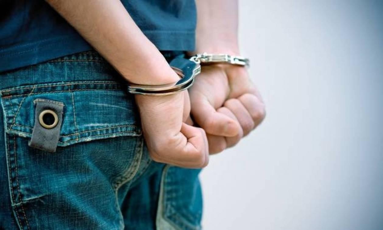 Συλλήψεις στην Καισαριανή για κατοχή και εμπορία ναρκωτικών