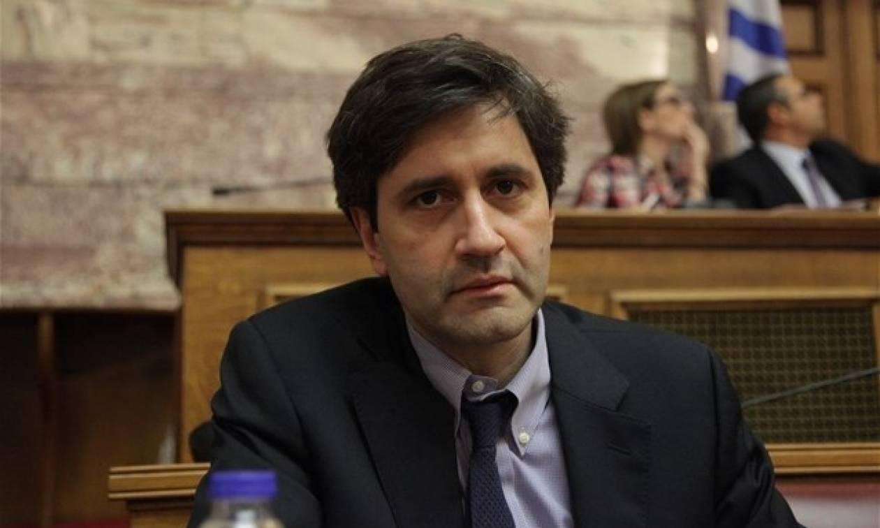 Μας δουλεύει ο Χουλιαράκης - Ηταν μαζί με τον Γκάλμπρεϊθ στο Eurogroup