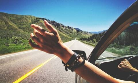 Πώς οι μετακινήσεις των διακοπών δεν θα σας αδειάσουν το πορτοφόλι