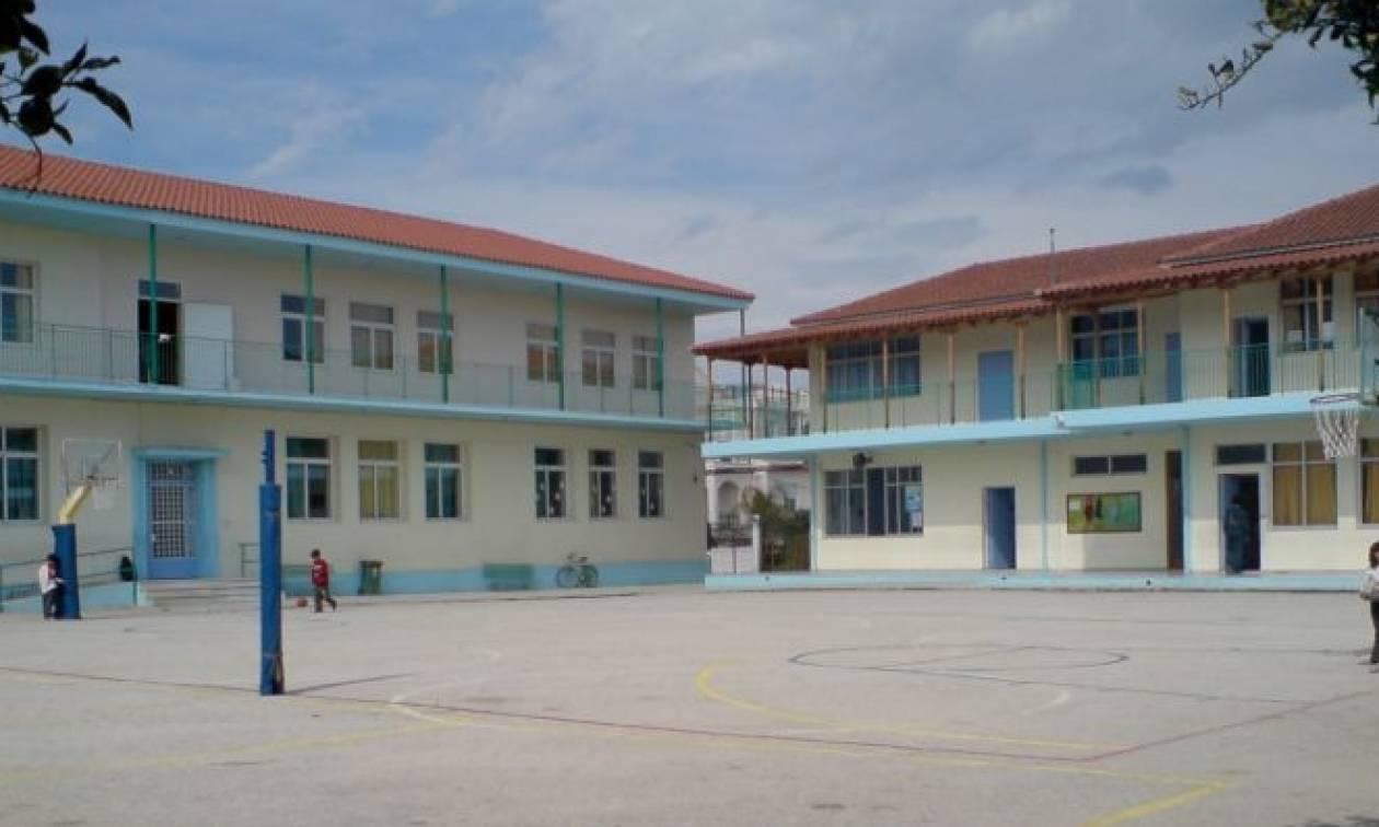 Ο Δήμος Αθηναίων ανοίγει τα σχολεία τον Ιούλιο