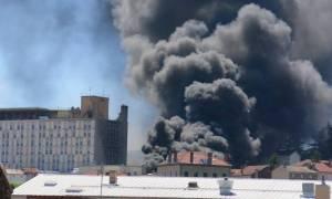 Δύο εκρήξεις συγκλόνισαν νοσοκομείο στη νότια Γαλλία – Μεγάλη πυρκαγιά (Pics & Vid)