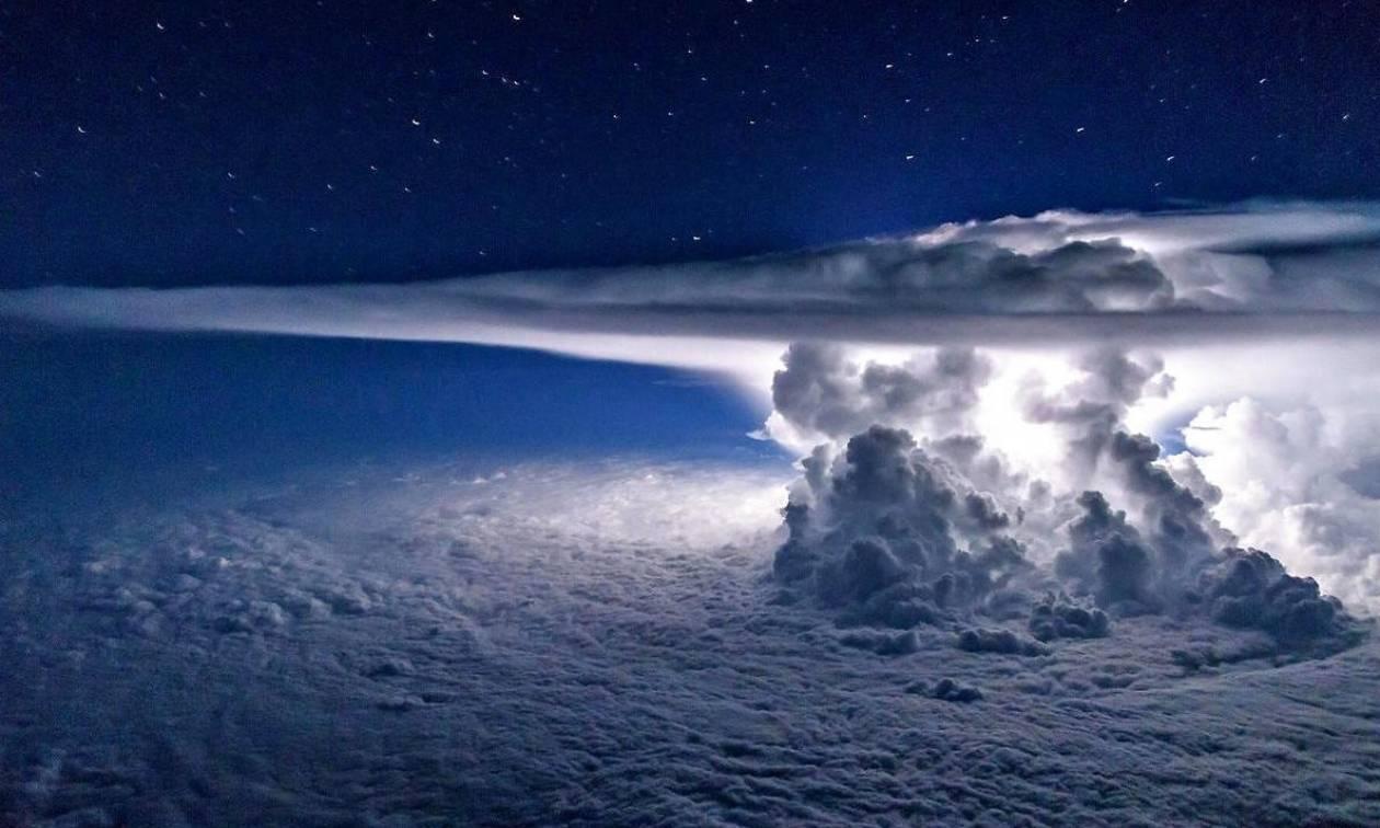 Αυτή είναι η πιο συγκλονιστικά όμορφη φωτογραφία καταιγίδας (photo)