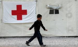 Ελληνικός Ερυθρός Σταυρός: Συνεχίζεται ο εμβολιασμός παιδιών προσφύγων