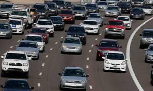Τέλη κυκλοφορίας: Έως και τα διπλάσια θα πληρώσουν οι οδηγοί το 2017