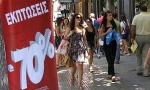 Οδηγίες προς καταναλωτές: Τι πρέπει να προσέξετε στις καλοκαιρινές εκπτώσεις