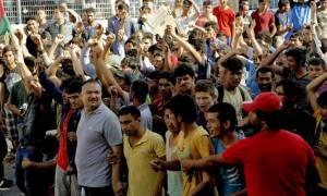 Ένταση και επεισόδια στη Λέρο με μετανάστες