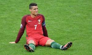 Τελικός Euro 2016: Τραυματίστηκε ο Ρονάλντο - Αντικαταστάθηκε κλαίγοντας