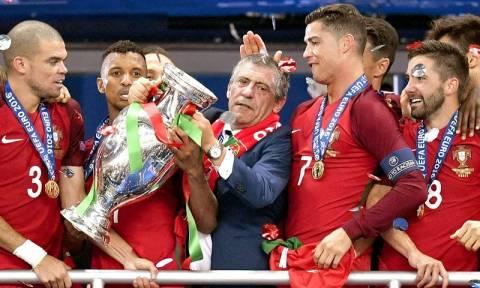Euro 2016 - Συγκλονιστικός Φερνάντο Σάντος λέει στα ελληνικά: «Ευχαριστώ πολύ την Ελλάδα»! (video)