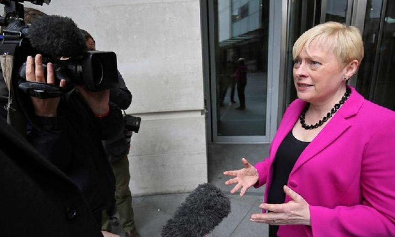 Βρετανία: Την ηγεσία των Εργατικών διεκδικεί και επίσημα η Άντζελα Ιγκλ