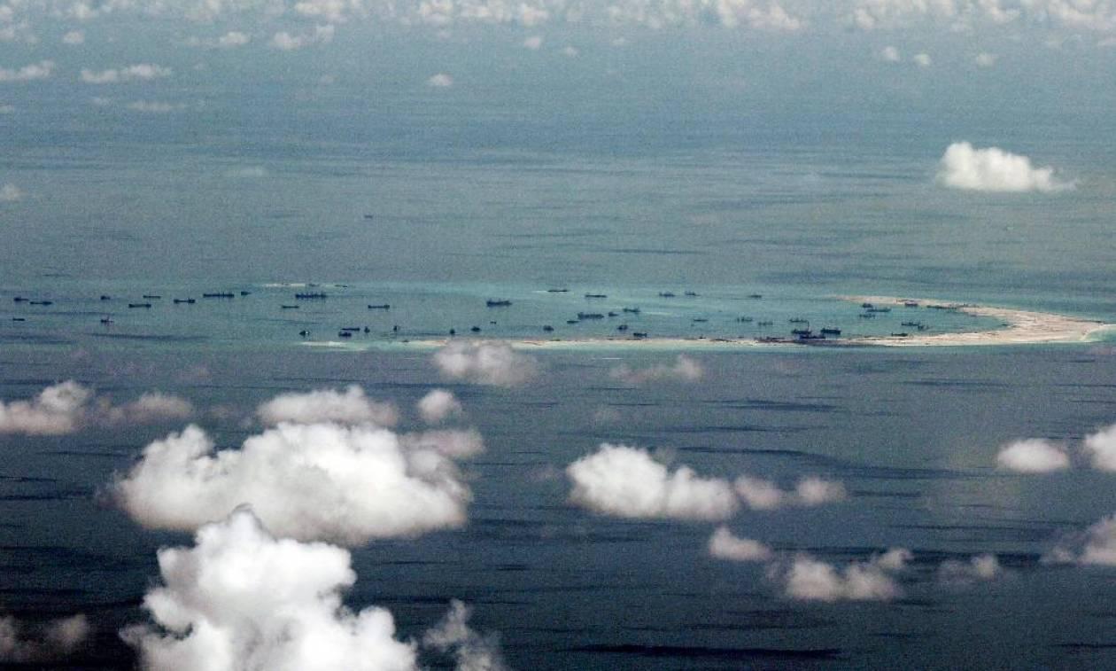 «Χαστούκι» στην Κίνα: Βαριά δικαστική ήττα στις διεκδικήσεις της στη Νότια Σινική Θάλασσα