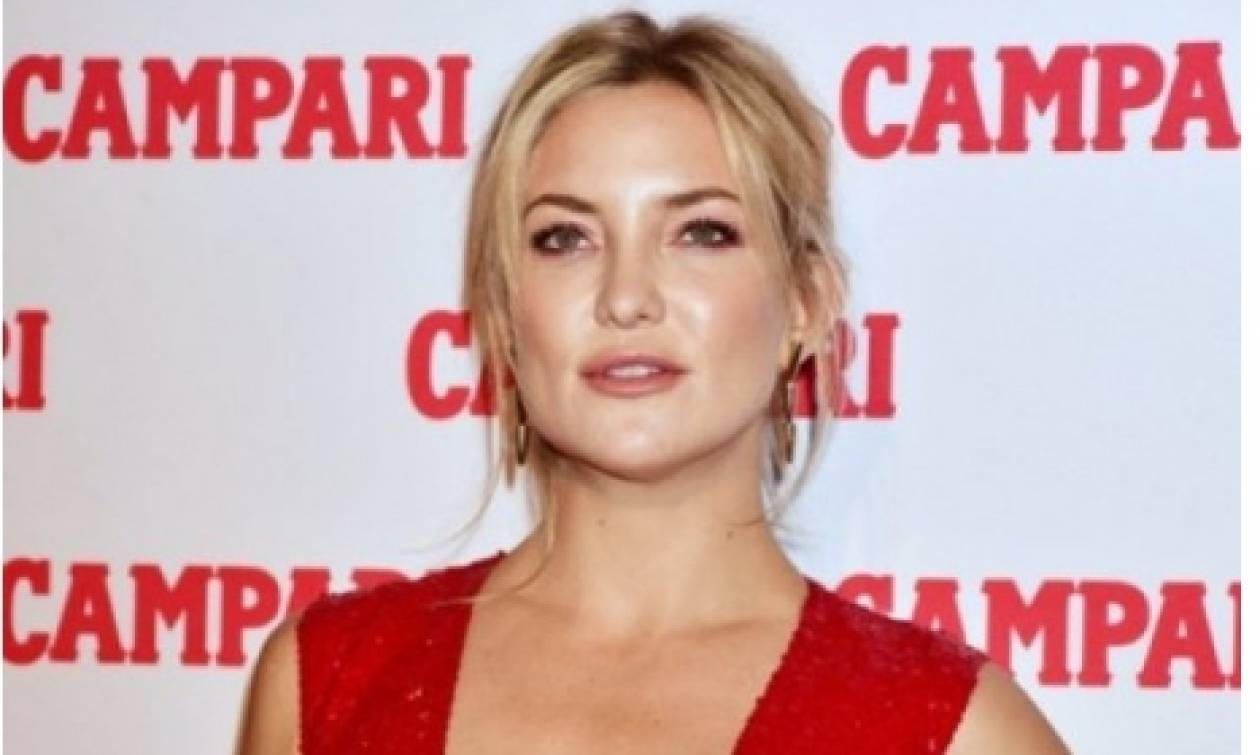 Aμακιγιάριστη και ατημέλητη: H Kate Hudson στη χειρότερη εμφάνισή της ever!