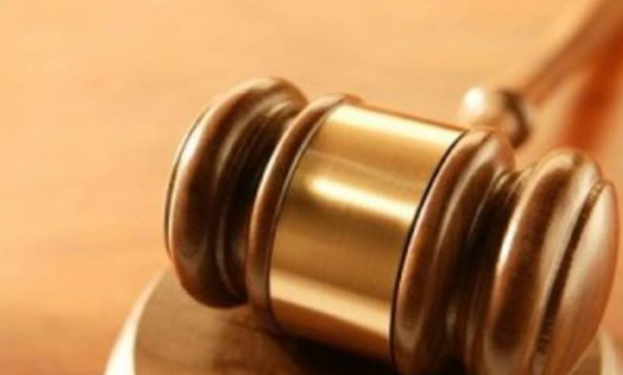 Εισαγγελική έρευνα για τις καταγγελίες σε βάρος πρώην τραπεζικού στελέχους