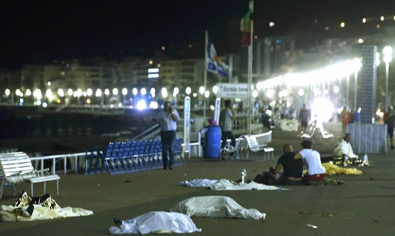 Επίθεση Γαλλία: Το απόλυτο χάος στους δρόμους της γαλλικής πόλης - Συγκλονιστικές περιγραφές