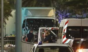 Επίθεση Γαλλία: Τουλάχιστον 80 οι νεκροί της επίθεσης