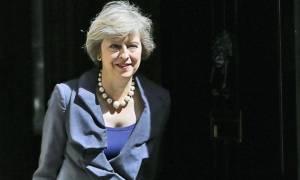 Μέι: Πρώτα θα τα βρούμε στο Ηνωμένο Βασίλειο, μετά το άρθρο 50